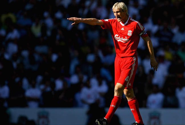 Hi-res-87950061-sami-hyypia-of-liverpool-shouts-instructions-during-his_crop_650x440
