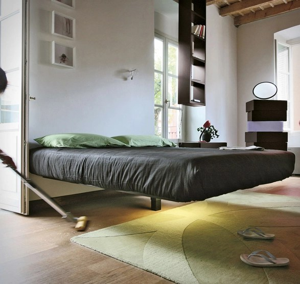 Fluttua Suspended Bed