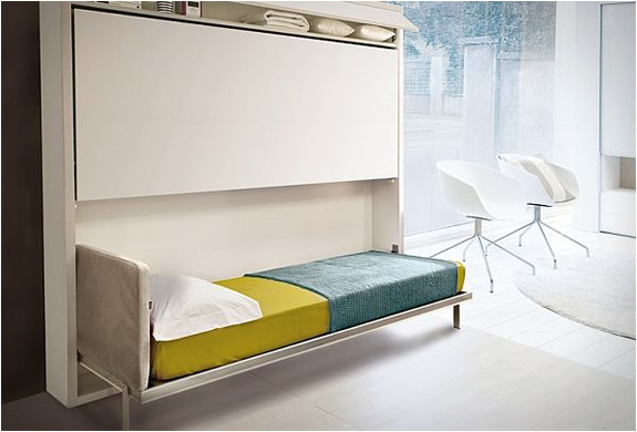 Pulldown Bunk Bed  By Giulio Manzoni