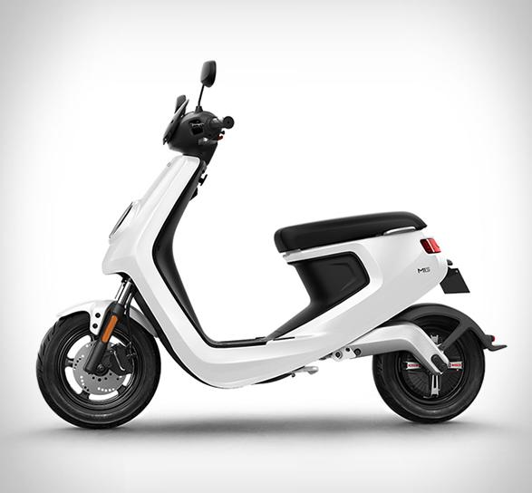 niu-scooter-2.jpg   Image