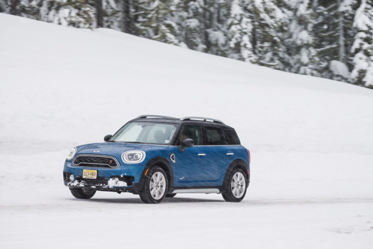 Video: 2017 MINI Countryman Review Finds It Still Embodies MINI Character