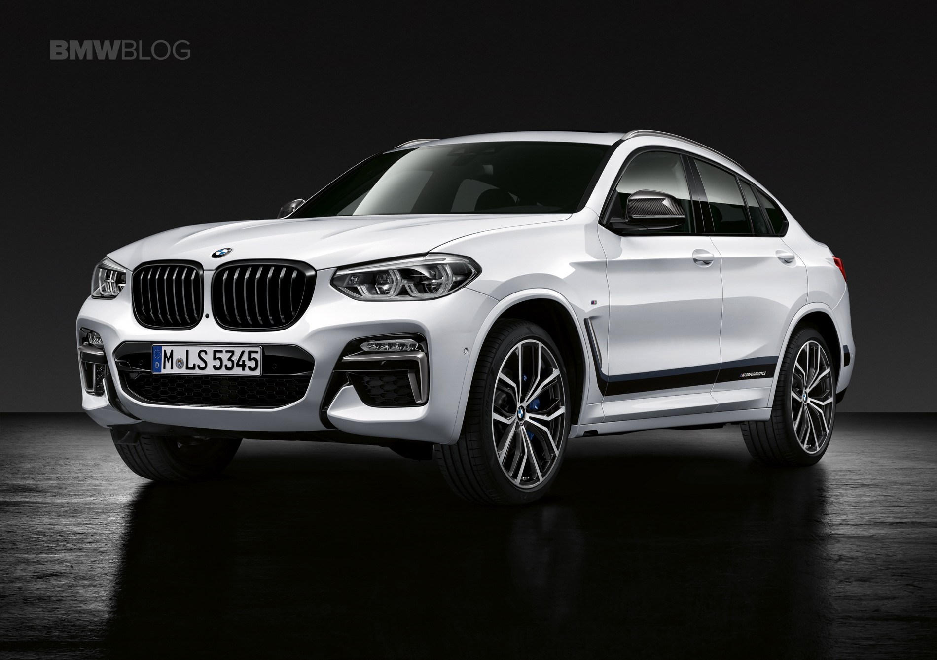 Video Bmw X4 M40i Spotted In Prototype Guise At Nurburgring