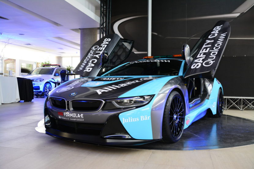 the qualcomm safety car bmw i8 coupe gets a facelift. Black Bedroom Furniture Sets. Home Design Ideas