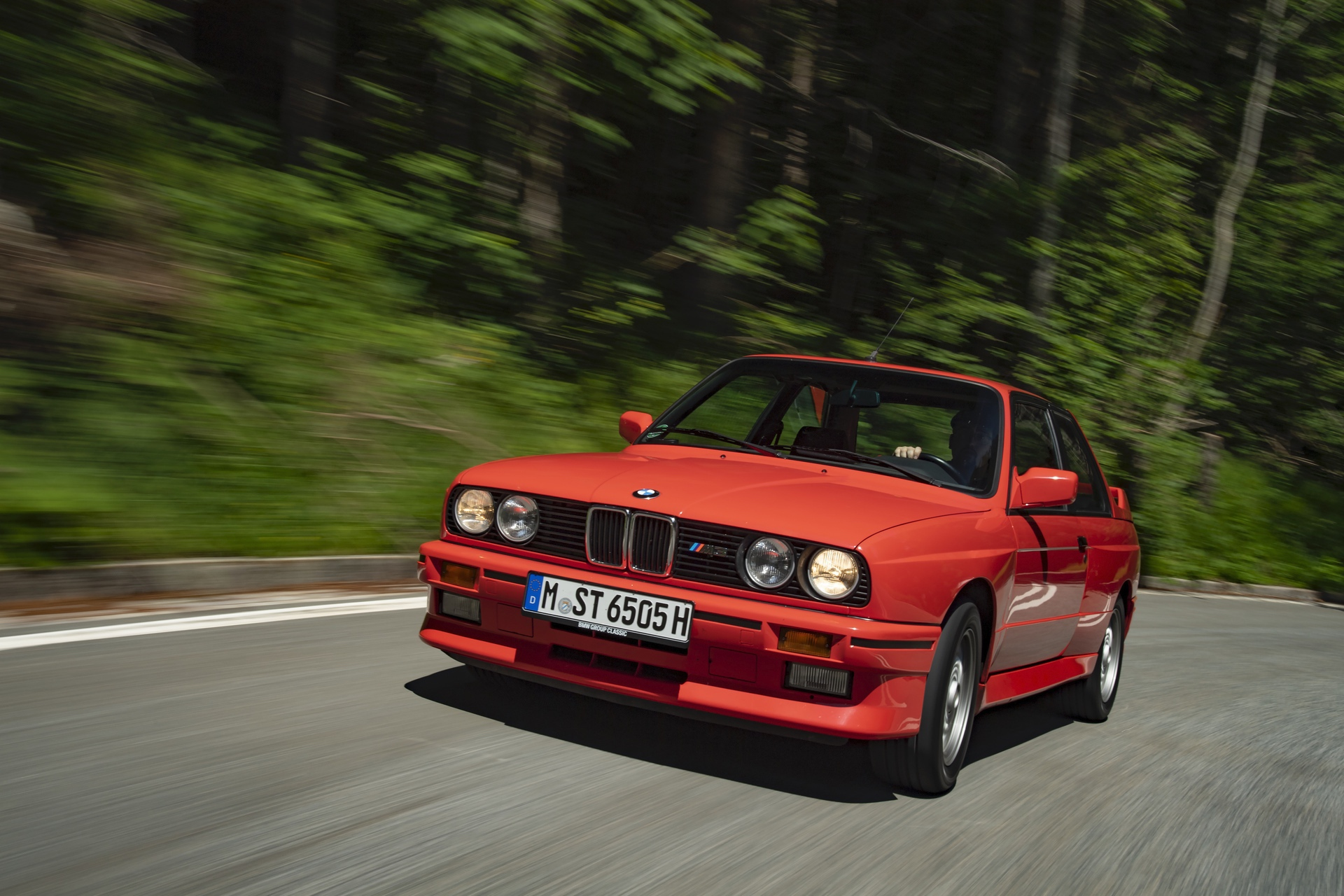 Test Drive 1989 Bmw E30 M3 The Manifestation Of Genius Motor