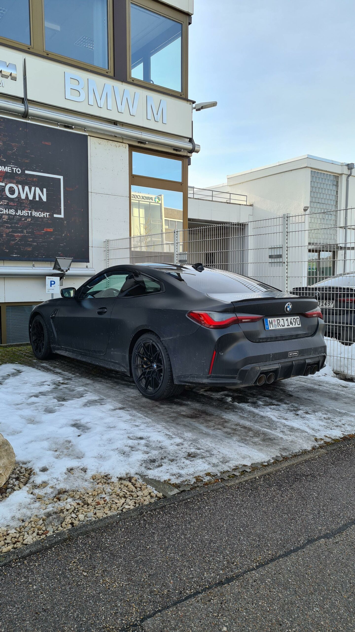 Matte Black M4 : matte, black, Allegedly, Drives, Special, Frozen, Black