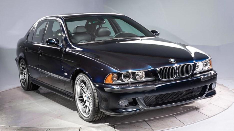 2003 BMW M5 01