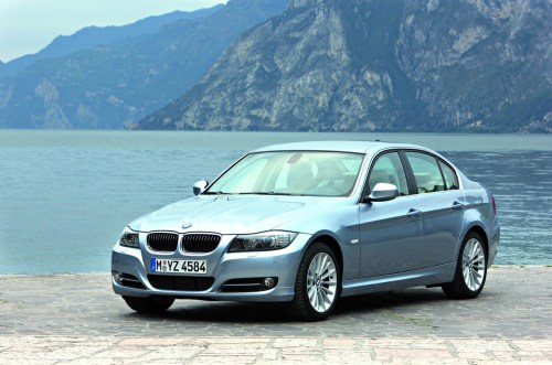 small resolution of bmw 3 series e90 655x433