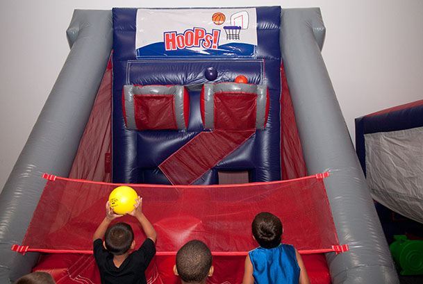 Roseville Indoor Bounce House Attractions and Pictures