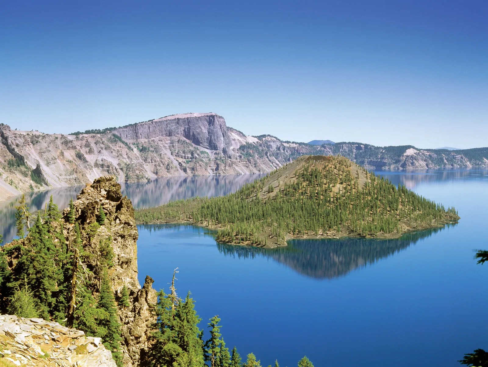 So grab your hiking poles and climbing gear: Cascade Range Mountains United States Britannica
