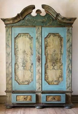 Armoire  furniture  Britannicacom