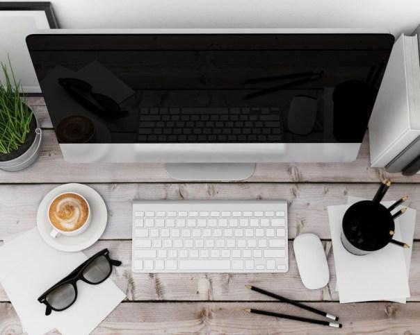 Mac Setup at a Desk