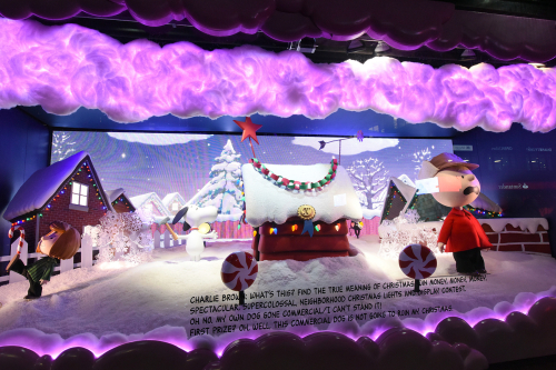 Macy's Christmas window 2015 | Photo: Diane Bondareff for Macy's