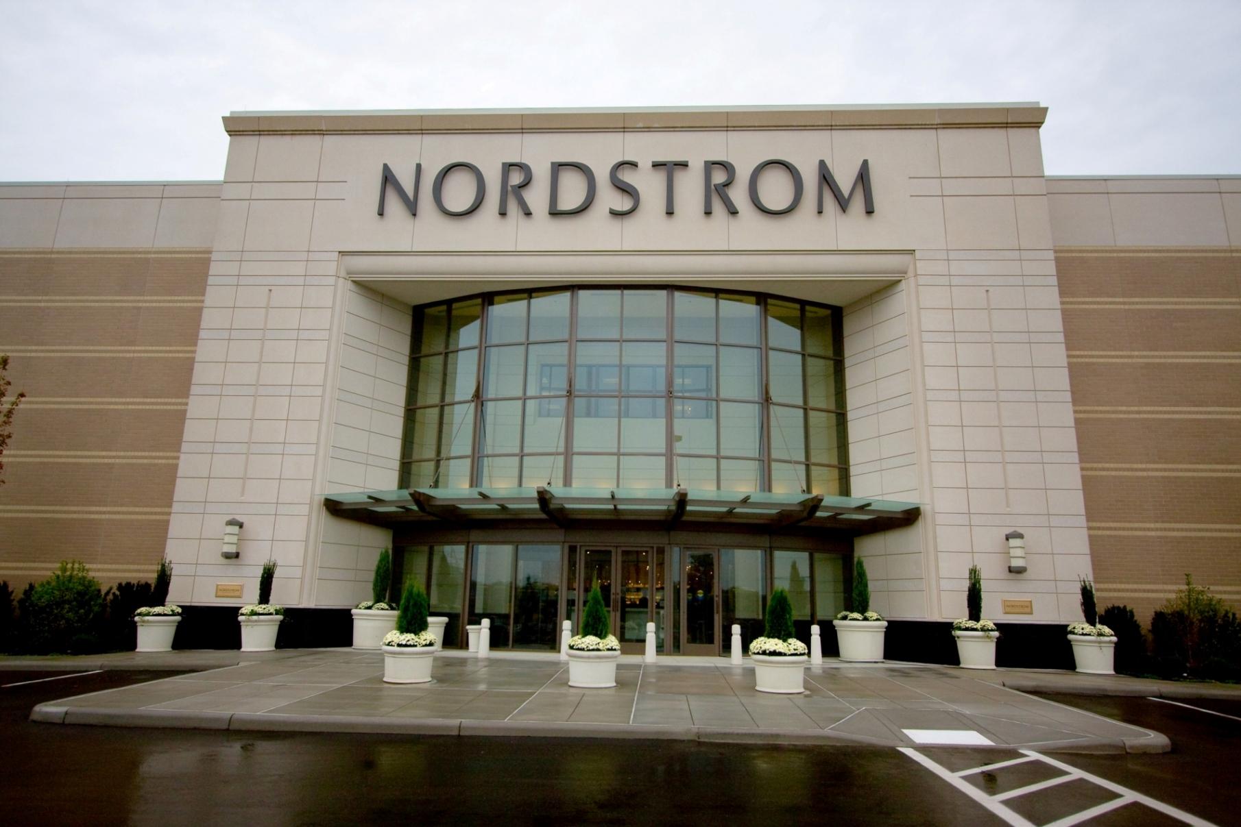 Nordstrom 4Q Profit Drops on Holiday Discounts