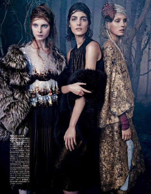 Dasha Gold, Katryn Kruger, Veroniek Gielkens by Emma Summerton in Vogue Japan Oct 2014 | Source: Models.com