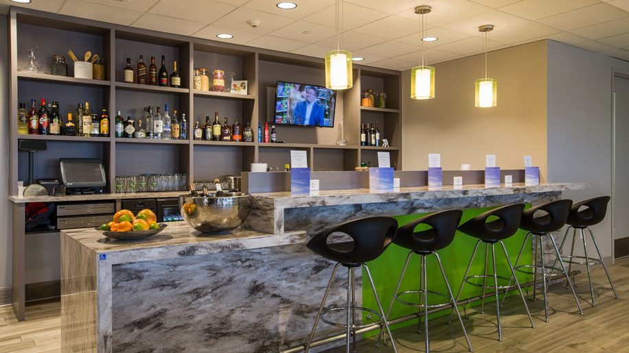 Norwegian Partners With Escape Lounge At Oakland San