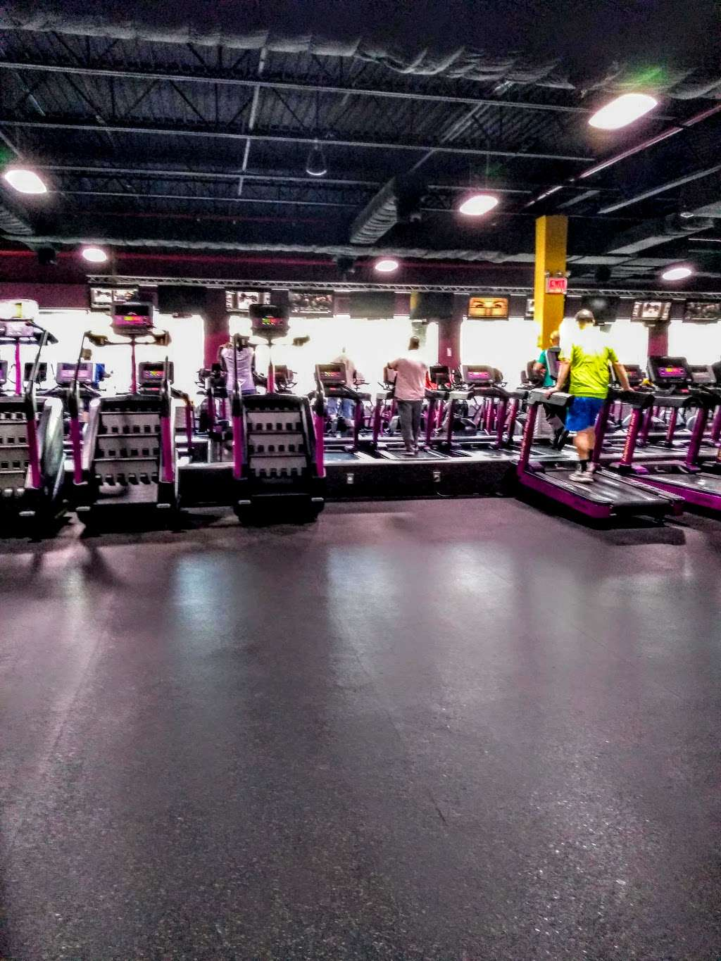 Planet Fitness Island Ave : planet, fitness, island, Planet, Fitness,, Forest, Staten, Island,, 10303,