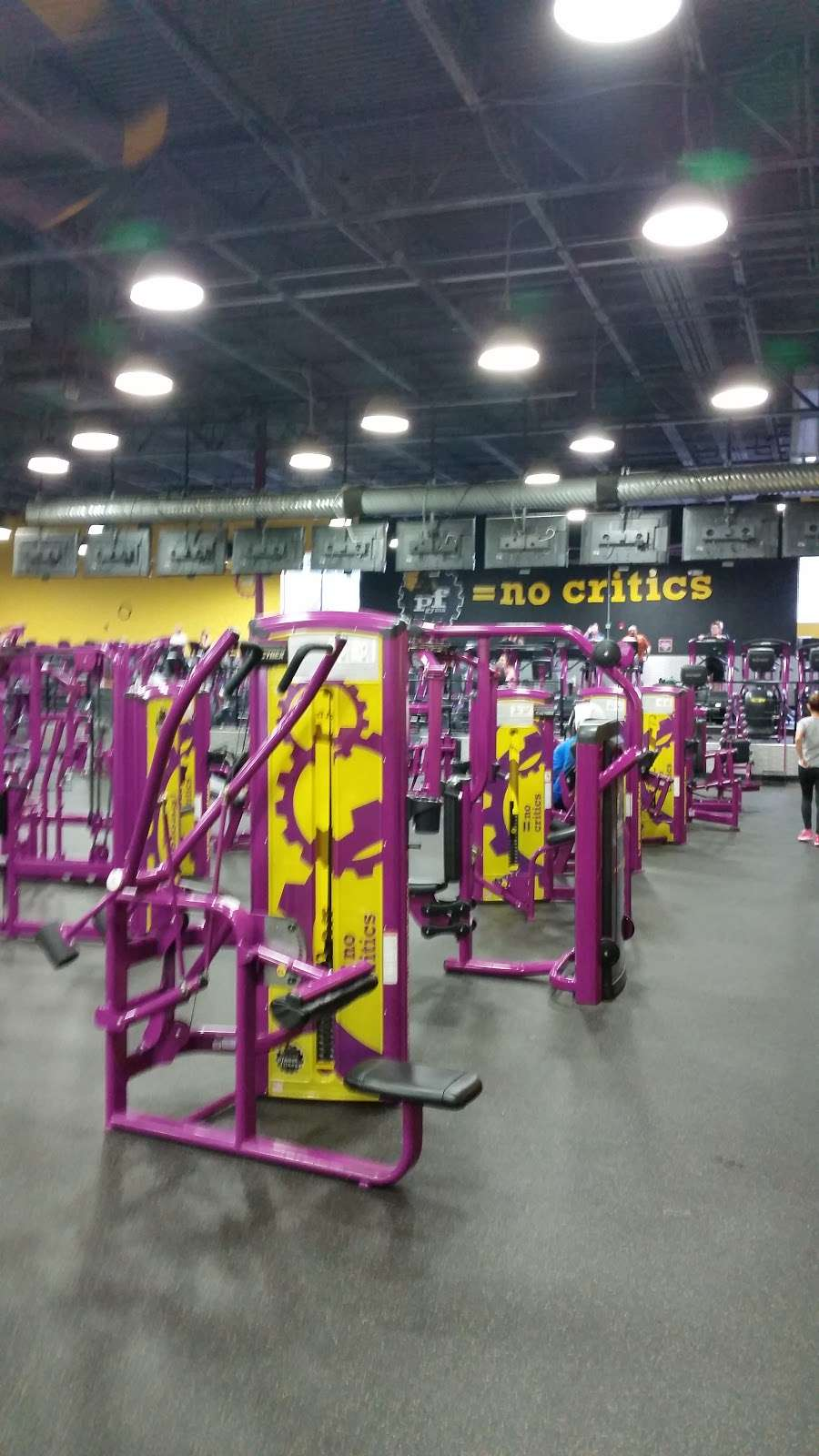 Planet Fitness - Updated COVID-19 Hours & Services - 76