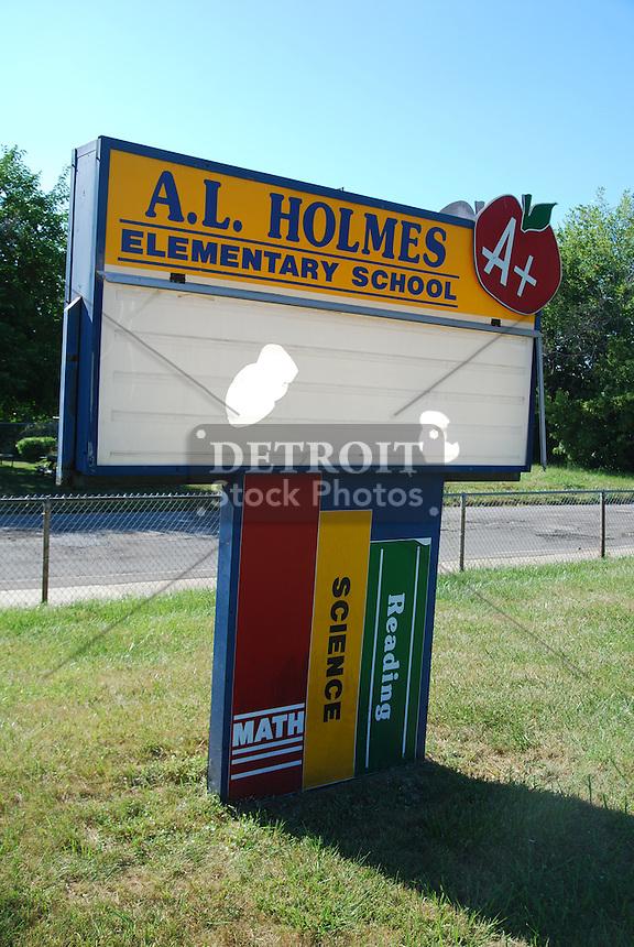 AL Holmes Elementary School  Detroit Stock Photos