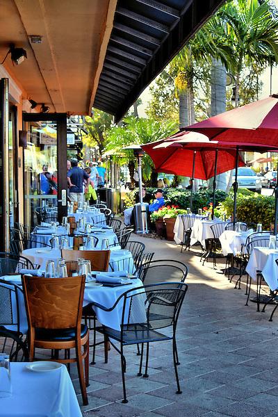 Lunch 5th Avenue Naples Fl