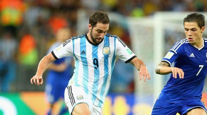 juve-gonzalo-higuain-is-in-madrid-pics-46847-3