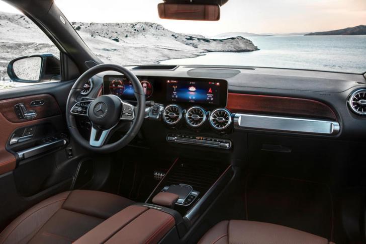 Mercedes Interieur van nieuwe GLB 2020