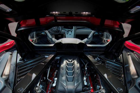 2020-2021 Chevrolet Corvette C8 Engine Bay