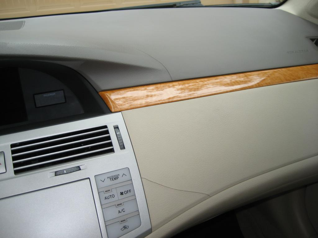 hight resolution of cracked dash board