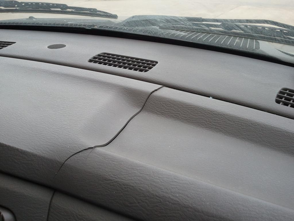 hight resolution of cracked dashboard cracked dashboard
