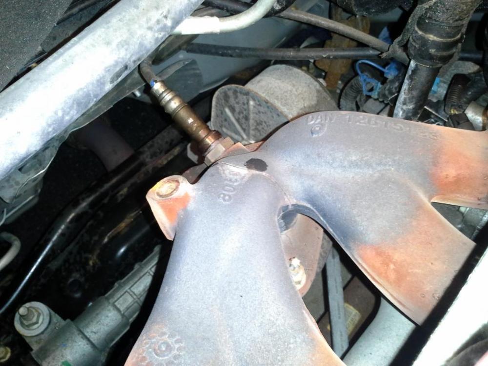 medium resolution of exhaust manifold cracked 2009 chevrolet