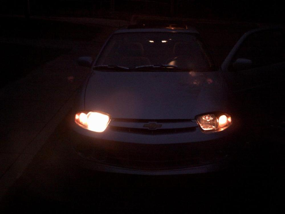 medium resolution of 2004 chevrolet cavalier headlight failure 3 complaints rh carcomplaints com 2000 cavalier headlight wiring diagram 2000