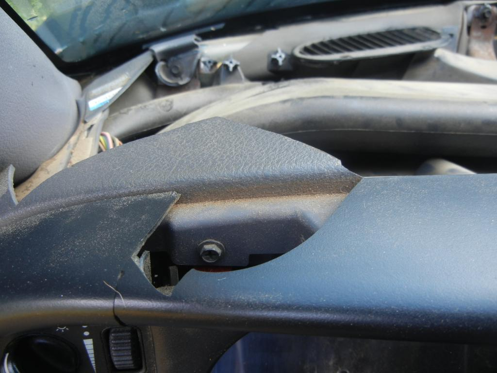 hight resolution of 2001 dodge ram 1500 cracked dashboard 604 complaints