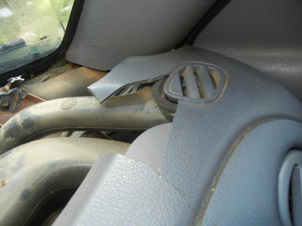 medium resolution of 2001 dodge ram 1500 cracked dashboard 605 complaints page 4