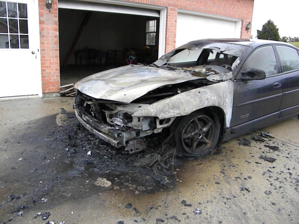 Pontiac Grand Prix Engine Compartment Fire 9 Complaints