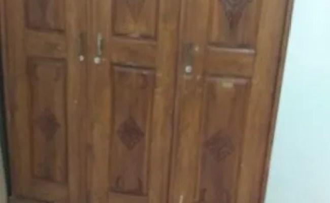Lemari Pakaian Dari Kayu Jati Kondisi Second Depok Jualo