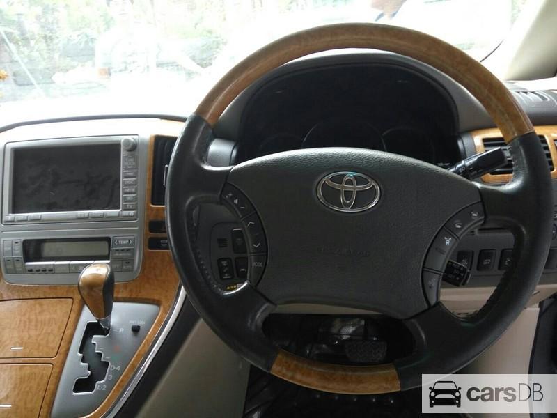 brand new toyota alphard for sale all kijang innova 2002 (#592379) in tamwe | carsdb
