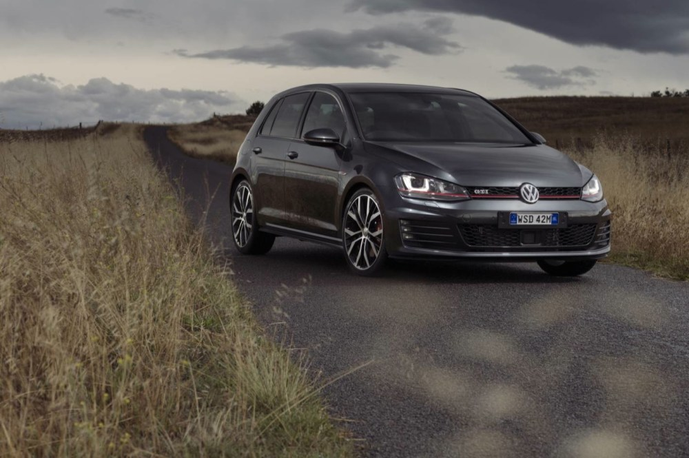 medium resolution of 2015 volkswagen golf 5d hatchback gti performance
