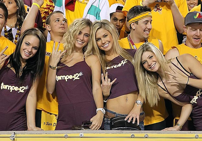 Cute Pitchfork Wallpaper Are Most Posters Cheering For Arizona State On Saturday