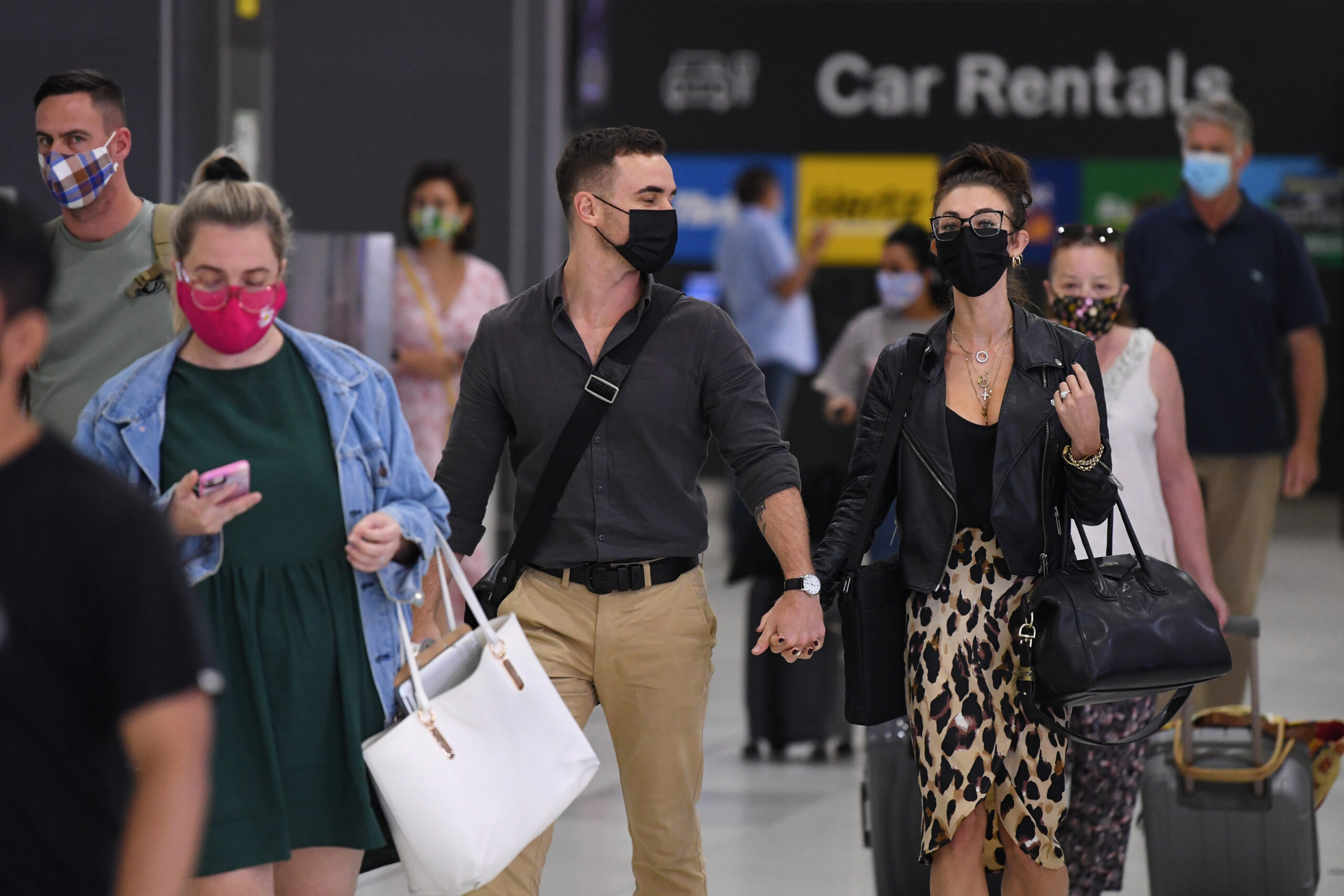 Double-layer masks do not mean double-layer protection experts say that the masks are too thick and harmful to filtering | Australia Chinatown Australia News