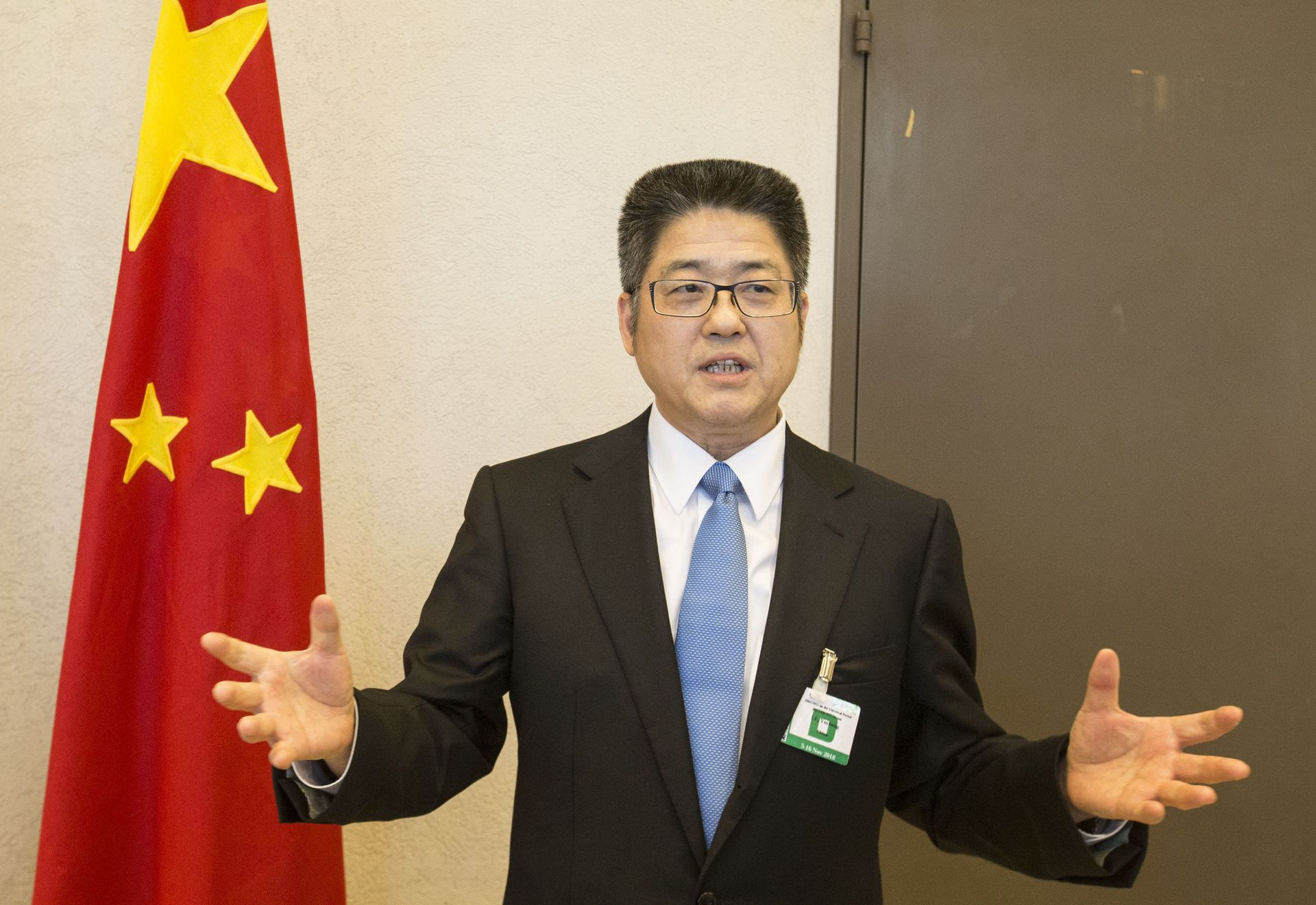 On November 2018, 11, at the United Nations Palais des Nations in Geneva, Switzerland, the head of the Chinese delegation and Vice Foreign Minister Le Yucheng, who attended the third round of the Human Rights Review Conference of the United Nations Human Rights Council, was interviewed by reporters. (Xinhua News Agency)
