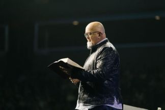 Chicago Bank Drops Foreclosure Lawsuit Against Pastor James MacDonald