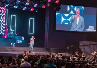 Pastor Ed Young Reopens Texas Megachurch at Limited Capacity