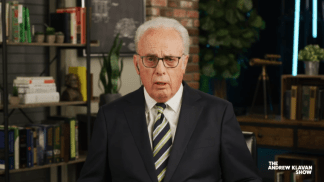 John MacArthur Says 'Any Real' Christian Will Vote for Trump Because They Cannot Support Democratic Agenda