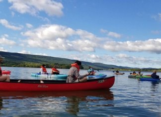Pennsylvania Church Gathers on Kayaks and Canoes to Worship on Water Amid Coronavirus Pandemic