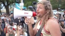 Chicago Police Prevent California Worship Leader Sean Feucht from Setting Up Musical Equipment for Worship Protest