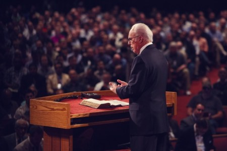 John MacArthur Says Grace Community Church Will Continue to Hold In-Person Services Because 'Government Has No Right to Interfere' in Church Matters
