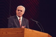 John MacArthur Explains Why Grace Community Church Will Stay Open Despite State Orders