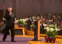 Televangelist Rod Parsley Under Fire for Claiming America's Founding Fathers Freed All Their Slaves and Urging People Not to Hate America