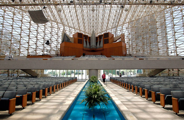 crystal cathedral scandal a