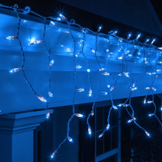 blue icicle christmas lights outdoor