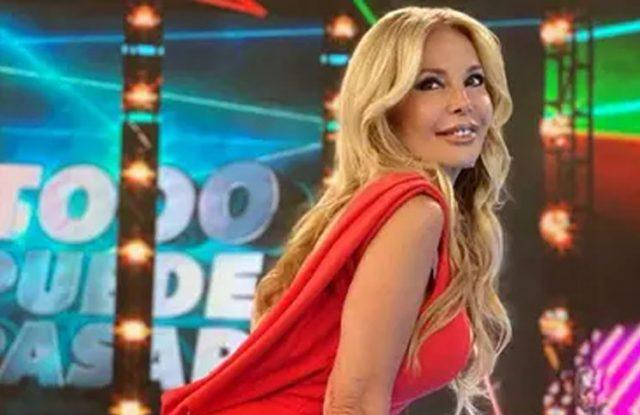 Graciela Alfano desfiló en medio de la calle y las redes no la perdonaron